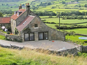 Organic Holidays - Bank House Organic Farm Hostel, Glaisdale, Whitby. YO21 2QA