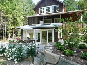 Organic Holidays - Bloom Organic B&B, 175 North View Drive, Salt Spring Island. V8K 1A9