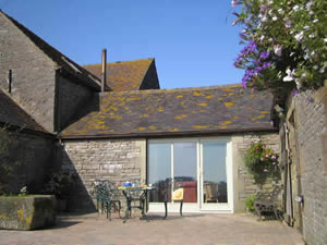 Organic Holidays - Cottage by the Pond, Beechenhill Organic Farm, Ilam. DE6 2BD