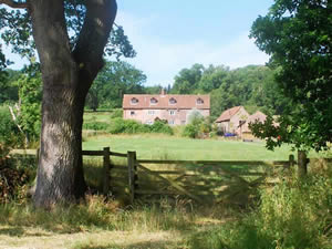Organic Holidays - Grove Organic Farm Bed and Breakfast, Bullo Pill, Newnham On Severn. GL14 1EA