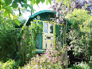 Organic Holidays - Gypsy Caravan at Alde Garden, Low Road, Sweffling. IP17 2BB