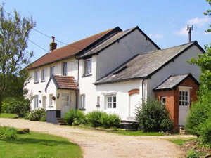 Organic Holidays - Highdown Organic Farm Cottages, Bradninch, Exeter. EX5 4LJ
