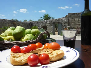 Organic Holidays - Masseria Uccio Bed and Breakfast, Contrada Rurale Mad di Fatima, 73039 Tricase [LE].