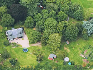 Organic Holidays - Racquety Lodge Bed and Breakfast, Racquety Organic Farm, Wyecliff, Hay on Wye. HR3 5RS