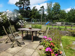 Organic Holidays - Swallows Nest, Aberhyddnant Farm, Crai. LD3 8YS