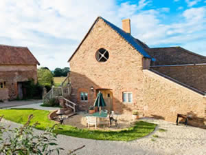 Organic Holidays - The Apple Loft, Huntstile Organic Farm, Goathurst. TA5 2DQ