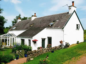 Organic Holidays - The Lint Mill, Carnwath, South Lanarkshire. ML11 8LY