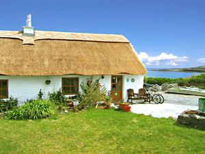 B And B Aran Islands Ireland The Man of Aran Cottage