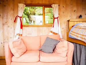 Organic Holidays - The Train Carriage, Crynfryn Organic Farm, Penuwch. SY25 6RE