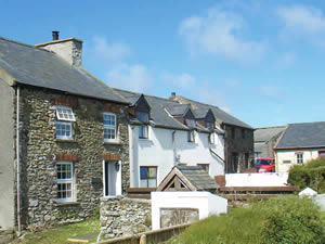 Organic Holidays - The Well at Caerfai Organic Farm, St Davids, Haverfordwest. SA62 6QT