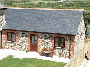 Organic Holidays - Trotters Cottage, Higher Laity Organic Farm, Portreath. TR16 4HY