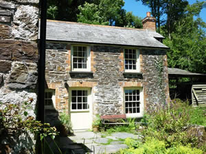 Organic Holidays - Wooda Farm Cottage, Wooda Organic Farm, Crackington Haven. EX23 0LF